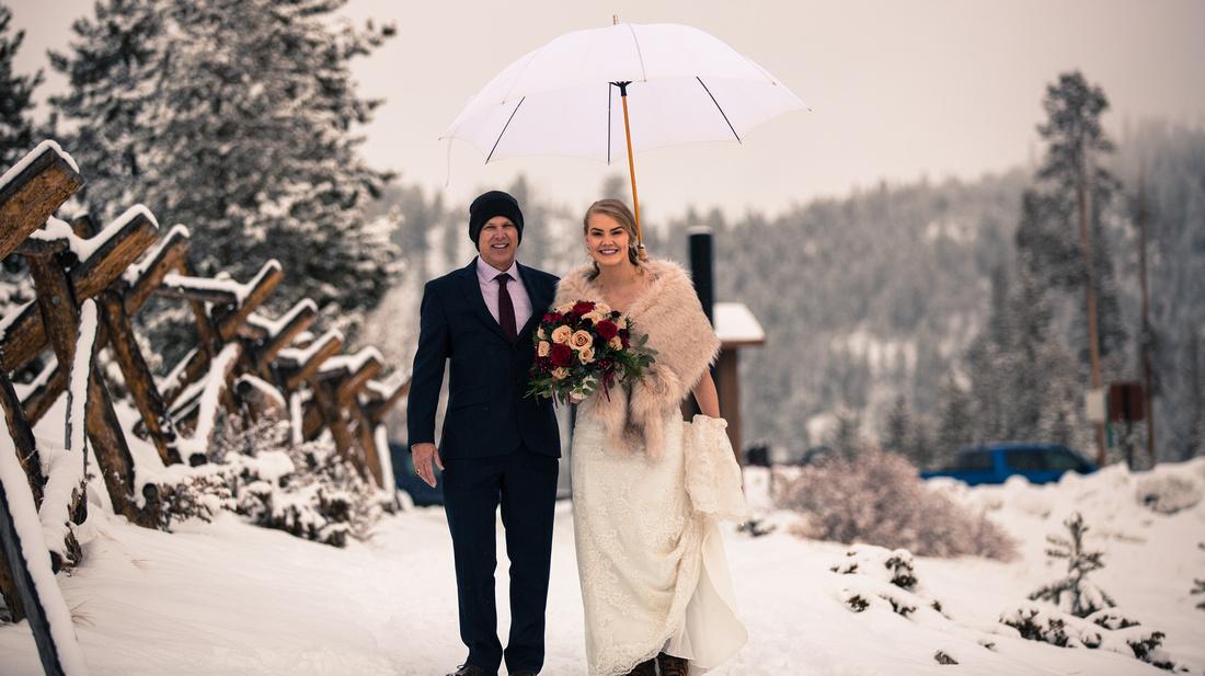Small wedding photography Sapphire Point, Dillon, Colorado