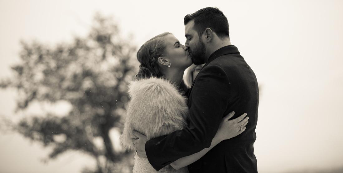 winter wedding photography vail colorado