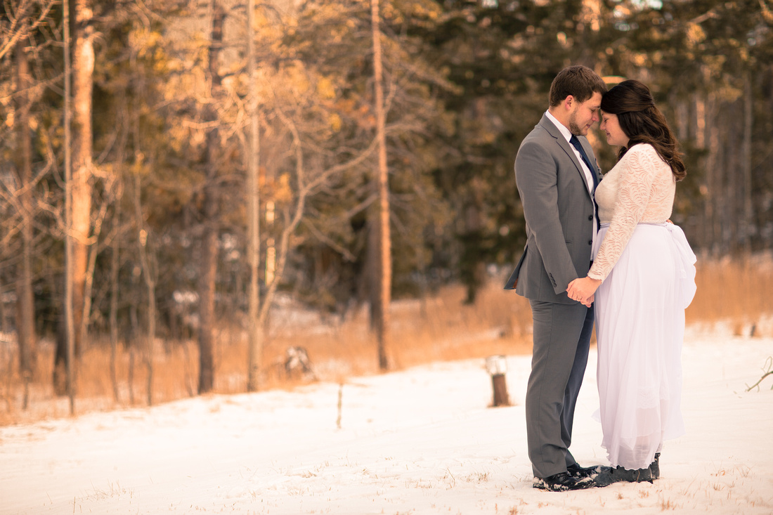 winter elopement photographer Grand Lake