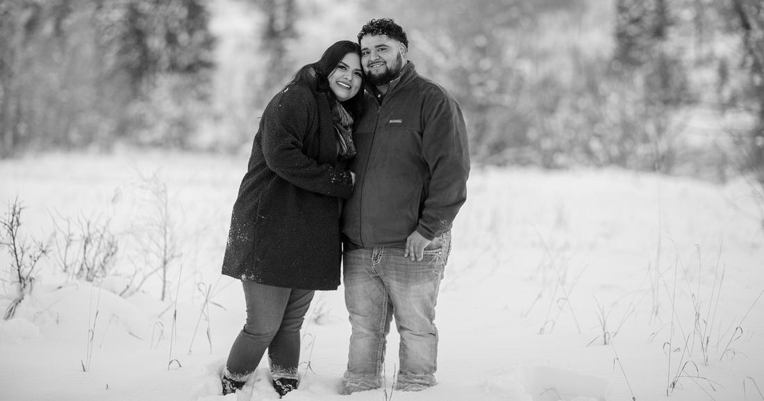 winter couple portraits Colorado mountains
