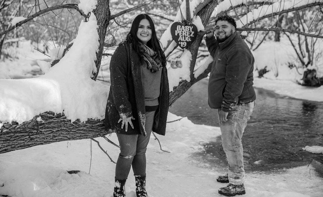 Maternity photographer Denver