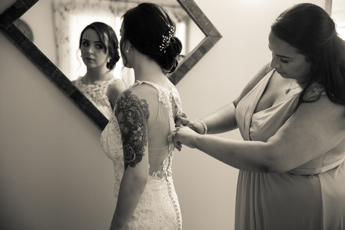 bride's reflection in mirror wedding photos